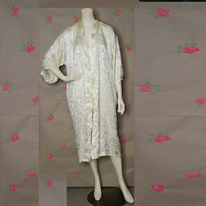 Vintage White Satin Floral Robe Size Large